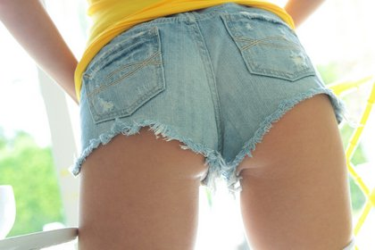 catie minx tight ass short shorts5